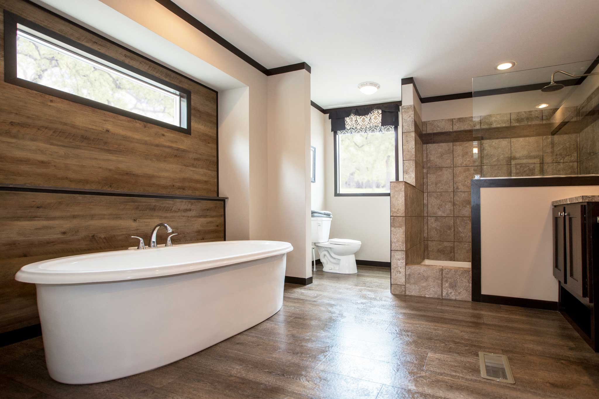 The clayton built patriot home available to homeowners for Bathroom decor and tiles midland