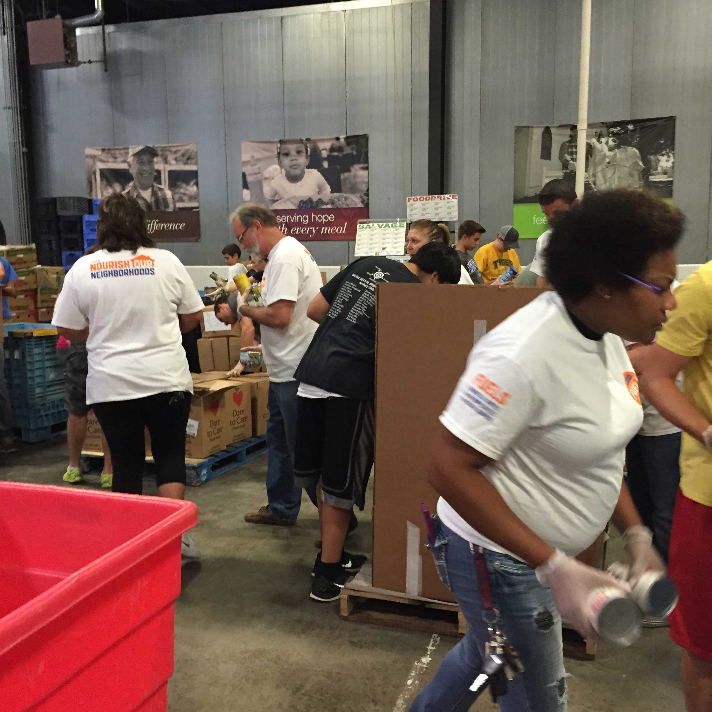 Faurecians, like the FECT employees in Louisville, Kentucky, give hundreds of hours of their own time, volunteering to pack food, sort boxes and cans, and serve meals to families in their hometowns.