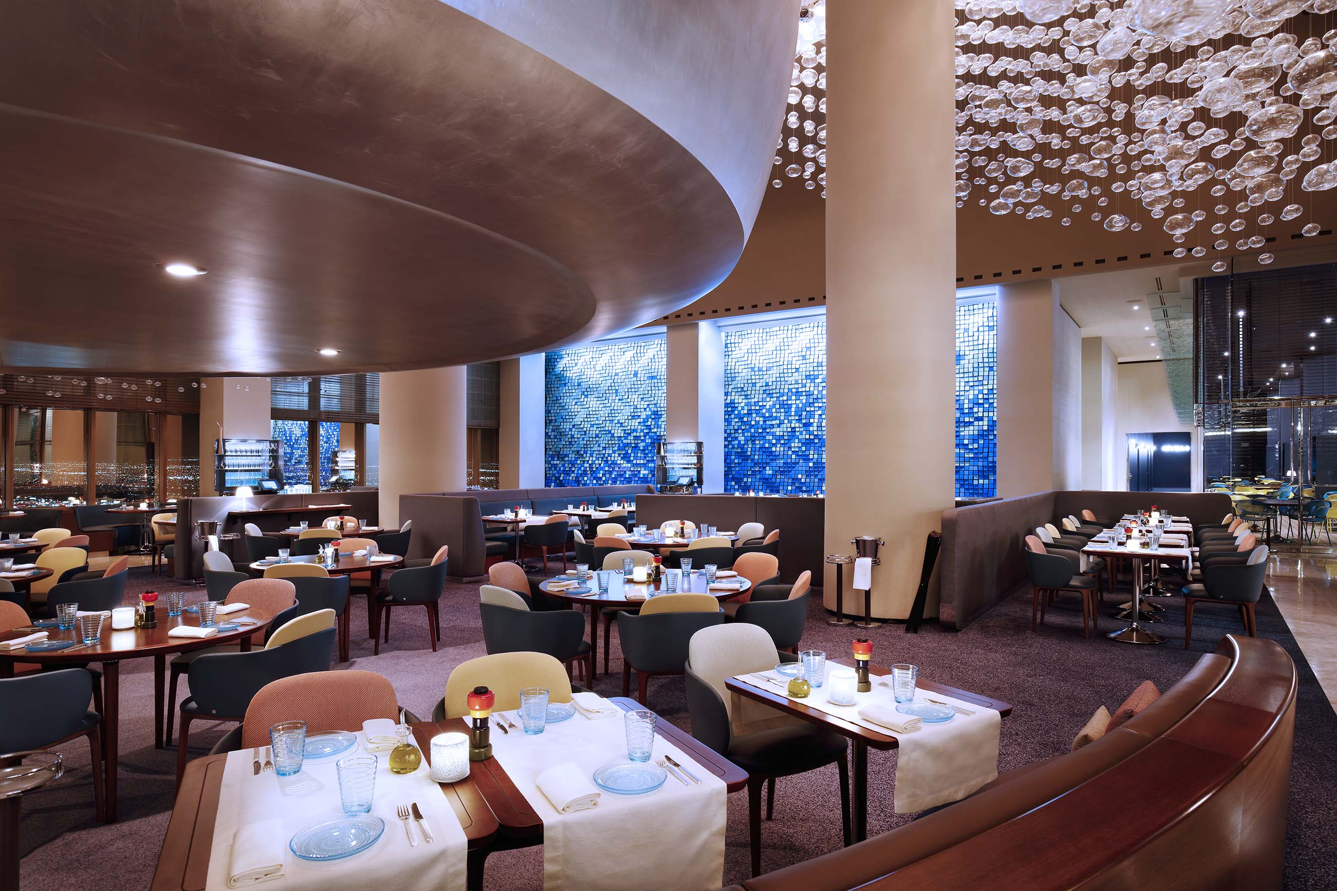 Private Dining Rooms Las Vegas Model Now Open Revered Chef Alain Ducasse Debuts Rivea And Skyfall