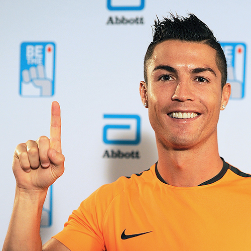 Abbott and soccer superstar Cristiano Ronaldo team up for the #BeThe1Donor movement, encouraging young people to become regular, life-long blood donors.