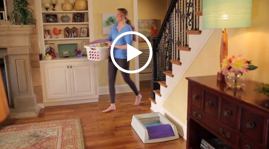 About the PetSafe® ScoopFree® Self-Cleaning Litter Box