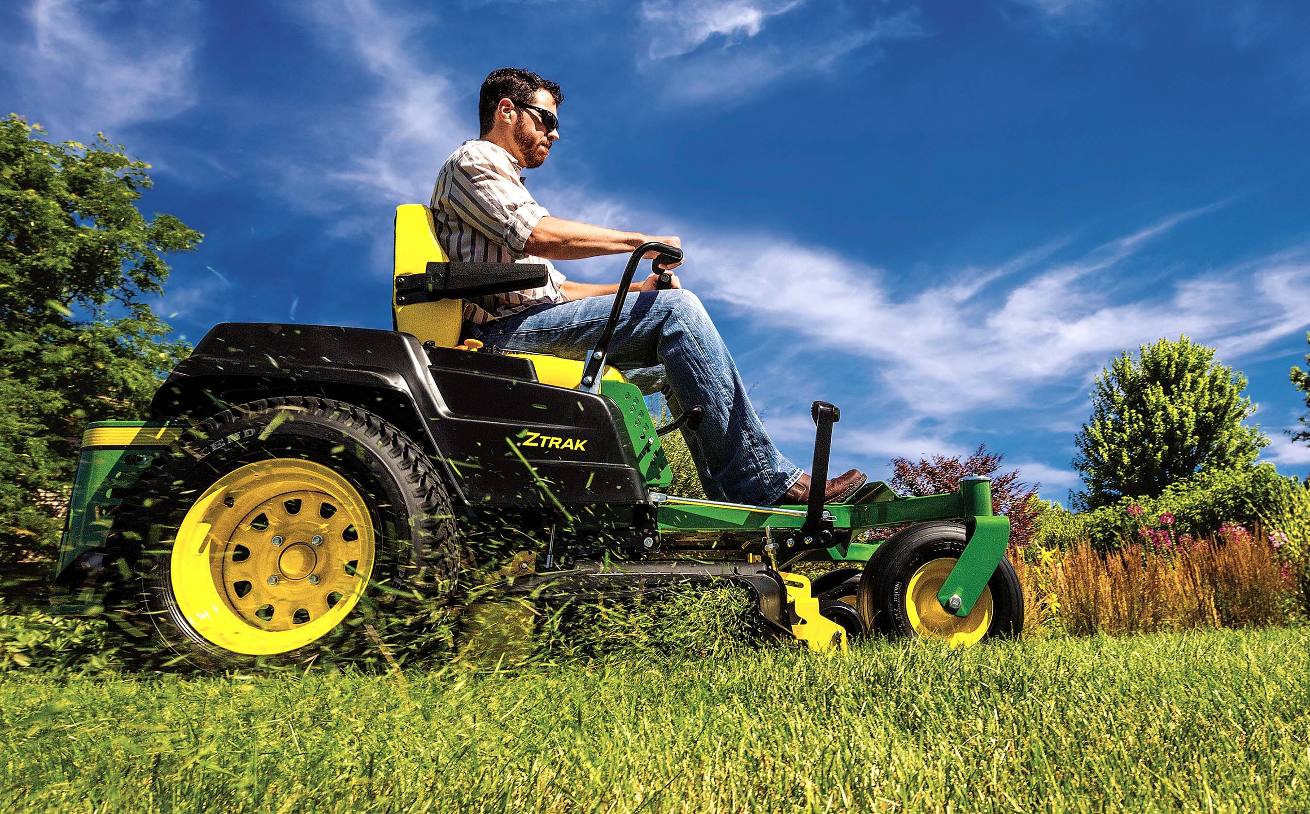 Turning Radius Jd 4555 : Love for the lawn millennials covet best on