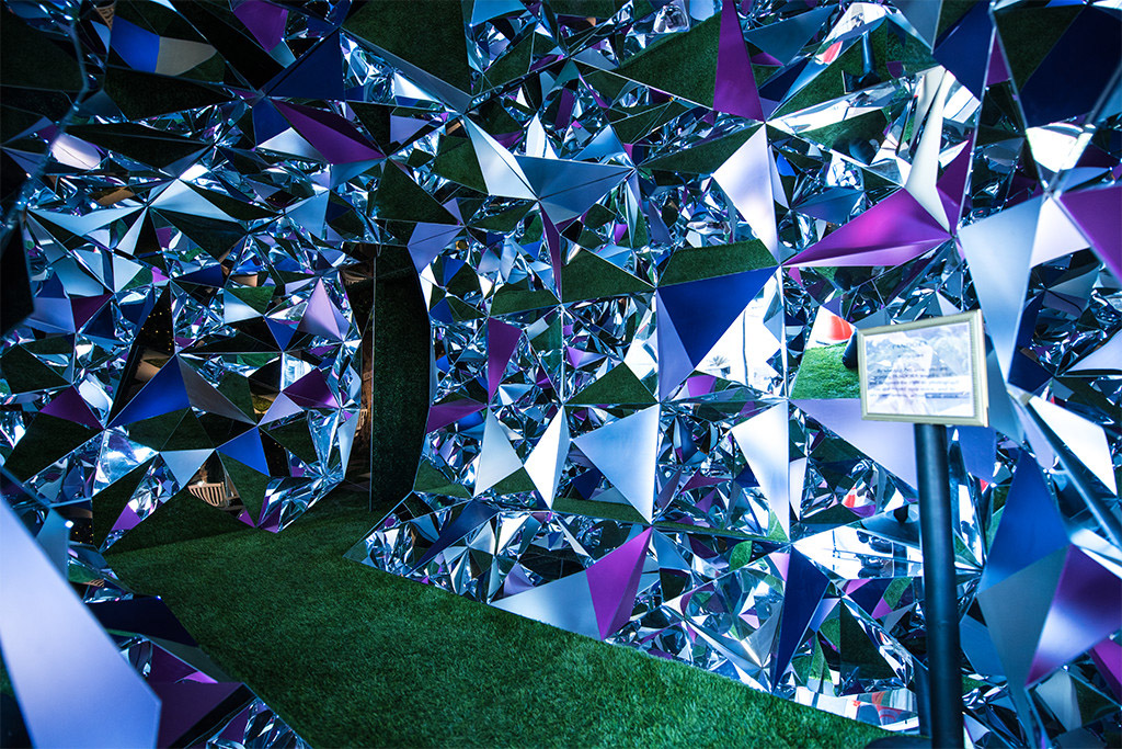 Festival goers traveled down the crystal tunnel to enter the PANDORA Jewelry space at Coachella
