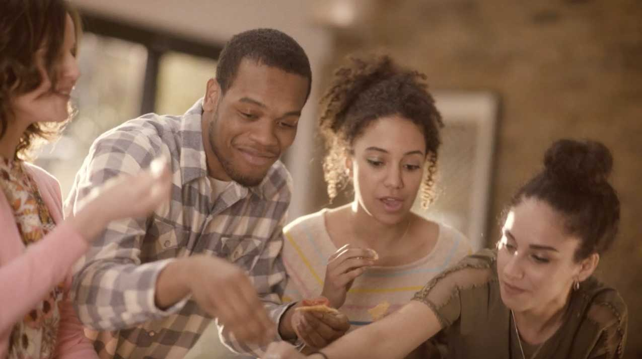 According to a recent survey conducted by Wakefield Research on behalf of Sabra, 91% of respondents agree that the best conversations happen over informal meals.