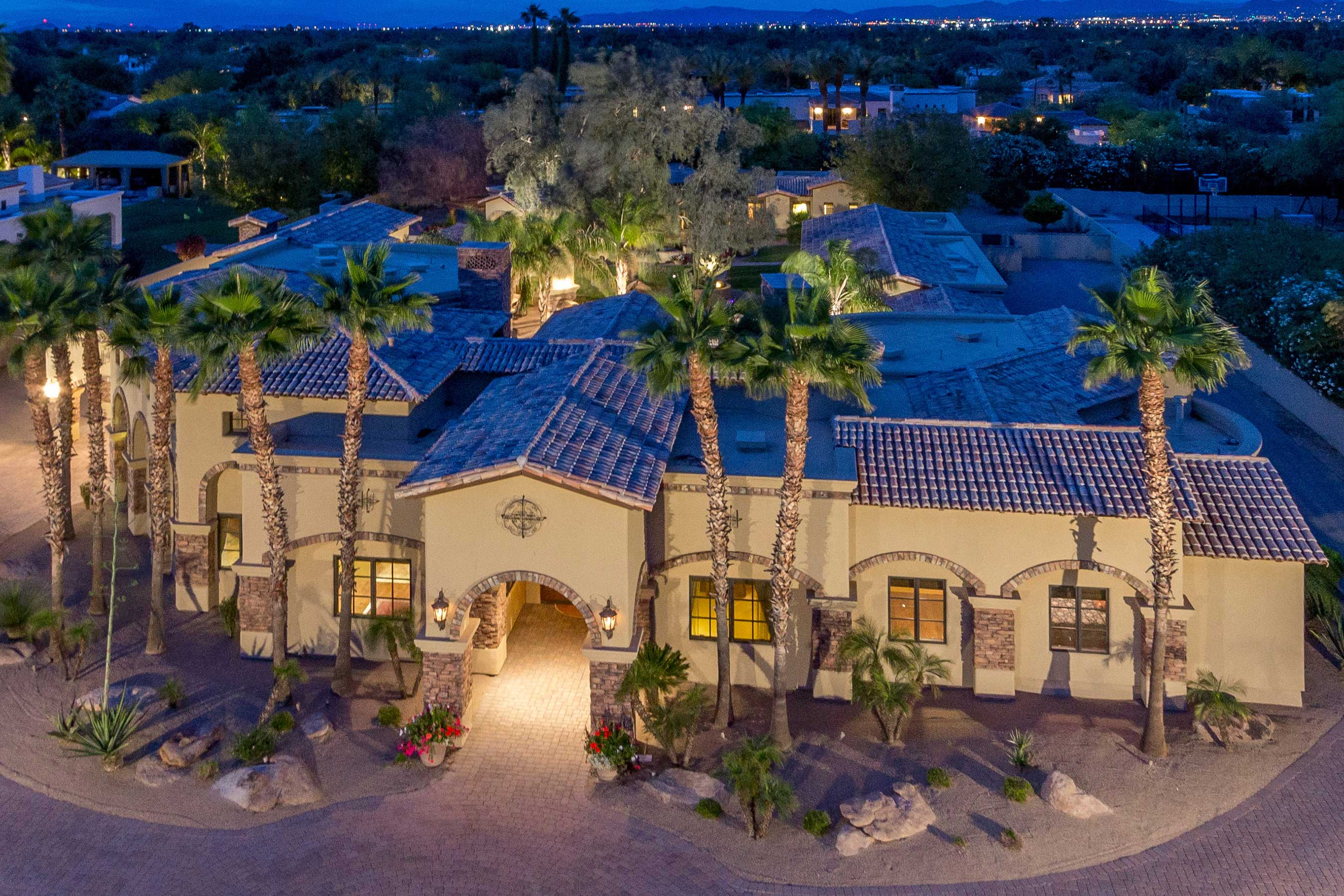 Paradise Valley Enclave Estate to Go Under the Hammer with Supreme Auctions at Luxury Absolute Auction