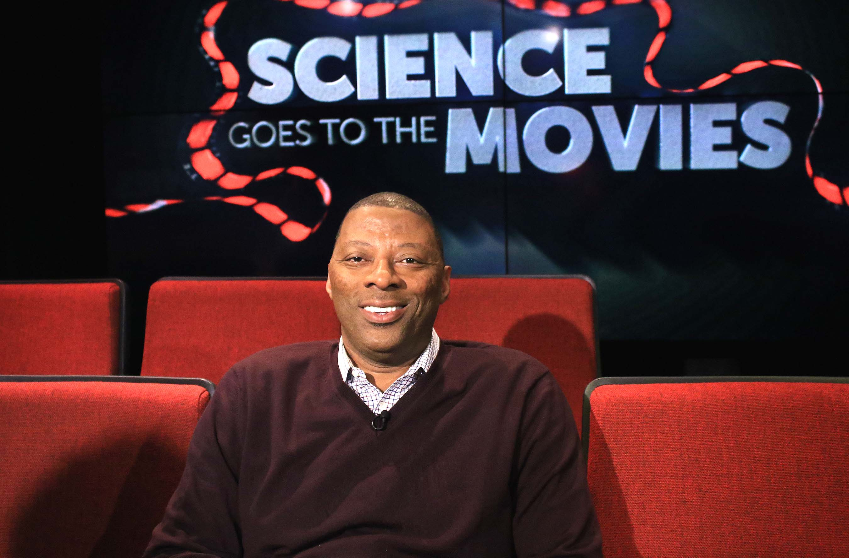 "Carl Banks, former New York Giants linebacker, discusses the neuroscience of teamwork and loyalty in HBO's ""Ballers"" and the film ""Everest."""
