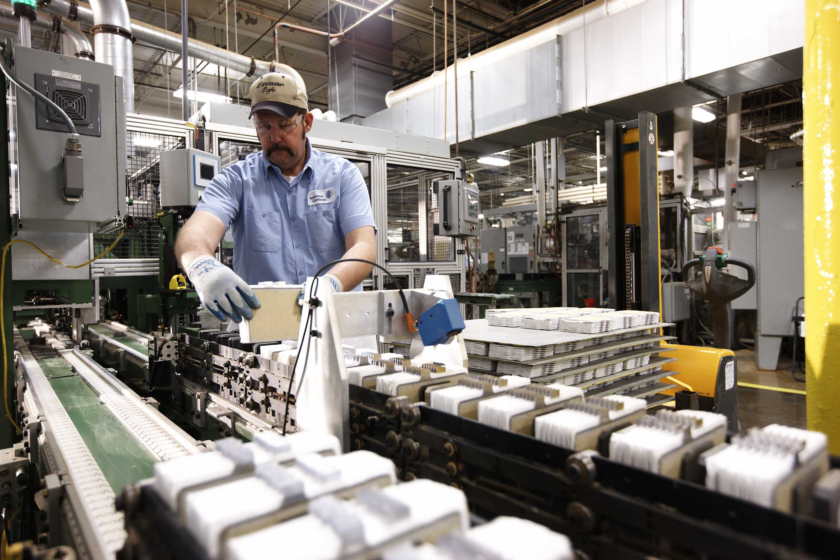 johnson controls investing 245 million in agm battery production