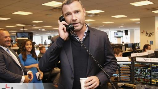 Liev Schreiber answers phones for BGC Charity Day 2018 event
