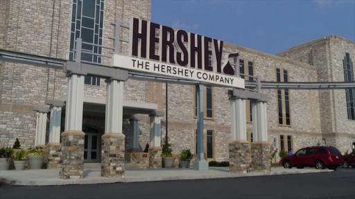 The student council at Big Spring High School, in Pennsylvania welcomed new faces to school with Hershey's Milk Chocolate Bars.