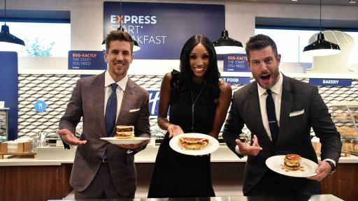 Rodgers upsets Palmer and Taylor in breakfast-making competition demonstrating how Holiday Inn Express hotels get fans THE READIEST for game day