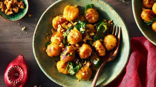 Butternut squash gives traditional gnocchi a delicious spin. Imported from Italy, this fluffy and tender free-run egg pasta is ready in 5 minutes. Just a little toss with olive oil and parmesan and you have a great main for two paired with salad – or serve as a side for the whole family.