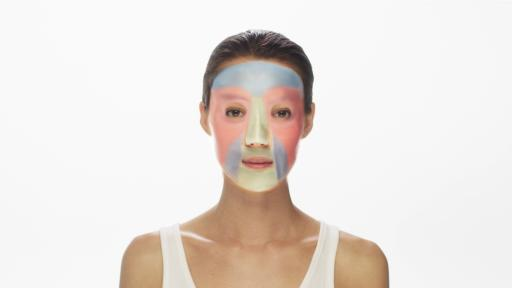 Model wearing Neutrogena mask