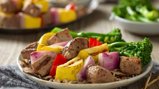 steak-and-vegetable-kabobs-with-wild-rice-horizontal