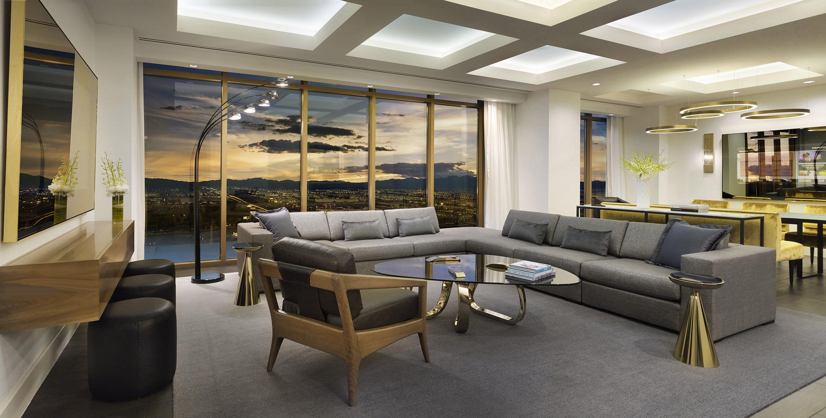 A Suíte De Cobertura Do Delano Las Vegas é Um Retiro De Luxo De 1.642 Pés  Quadrados Com Vistas Espetaculares, Belíssimo Piso De Madeira Escura, ... Part 70