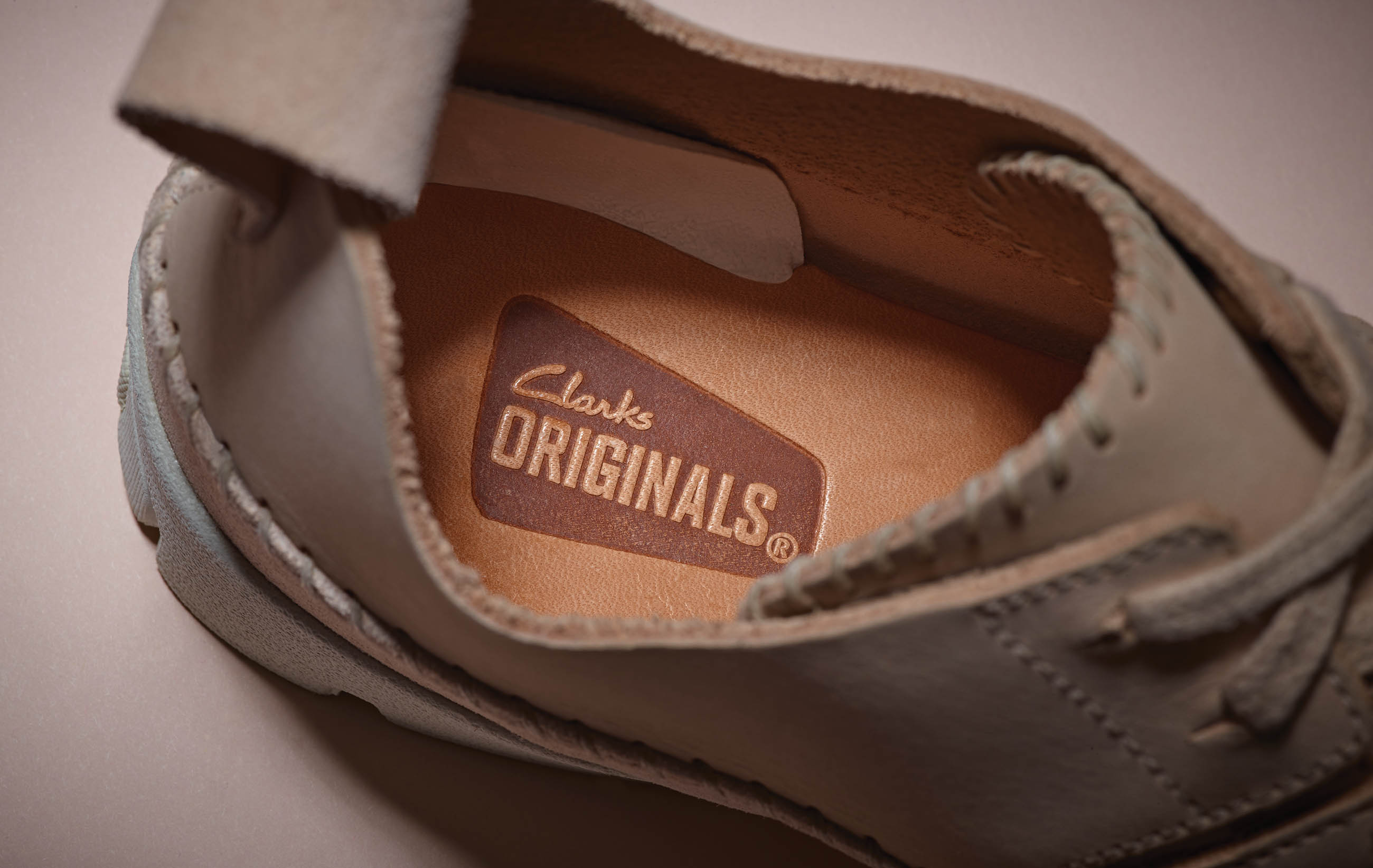 20 percent off clarks shoes