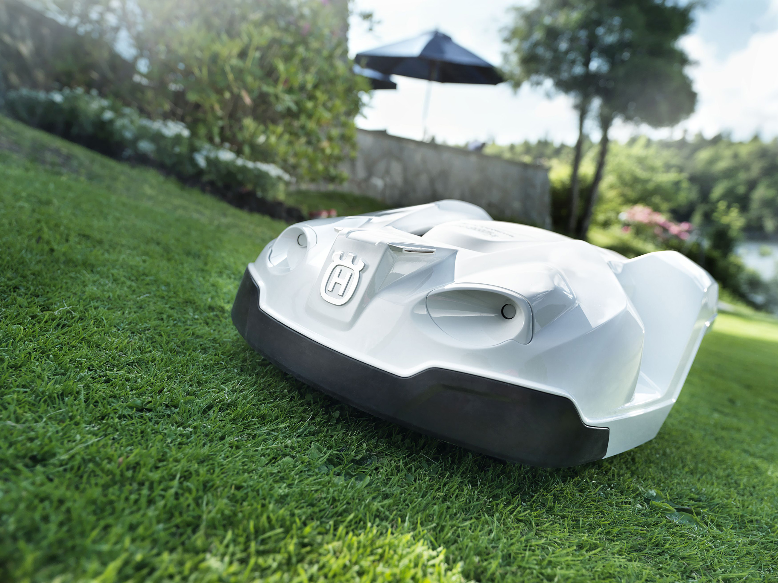 Husqvarna launches first apple watch app for robotic mowers for Husqvarna robot