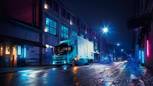 Volvo Trucks now presents its first all-electric truck – the Volvo FL Electric for city traffic.