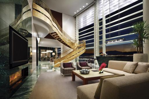 ARIA Sky villa