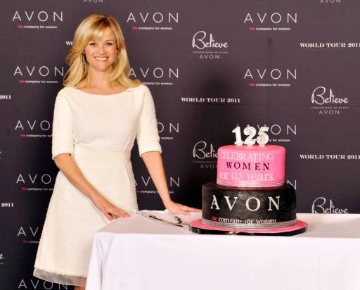 Reese Witherspoon (with cake)