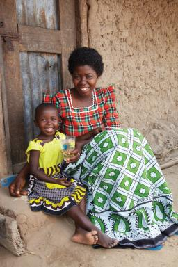 Grace & Her Mother Enjoy Clean PUR Water