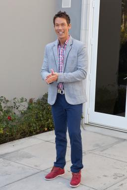 Host David Bromstad