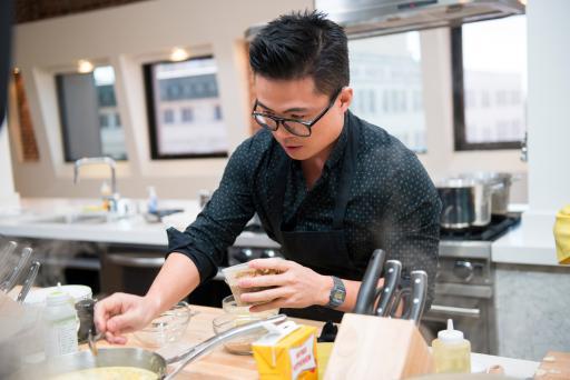 Viet Pham on Food Network Star Season 9