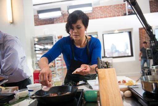 Stacey Poon-Kinney on Food Network Star Season 9