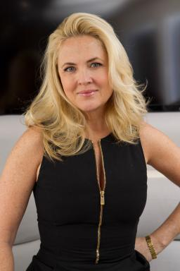 Cornelia Guest on on Food Network's Rachael vs. Guy Celebrity Cook-Off