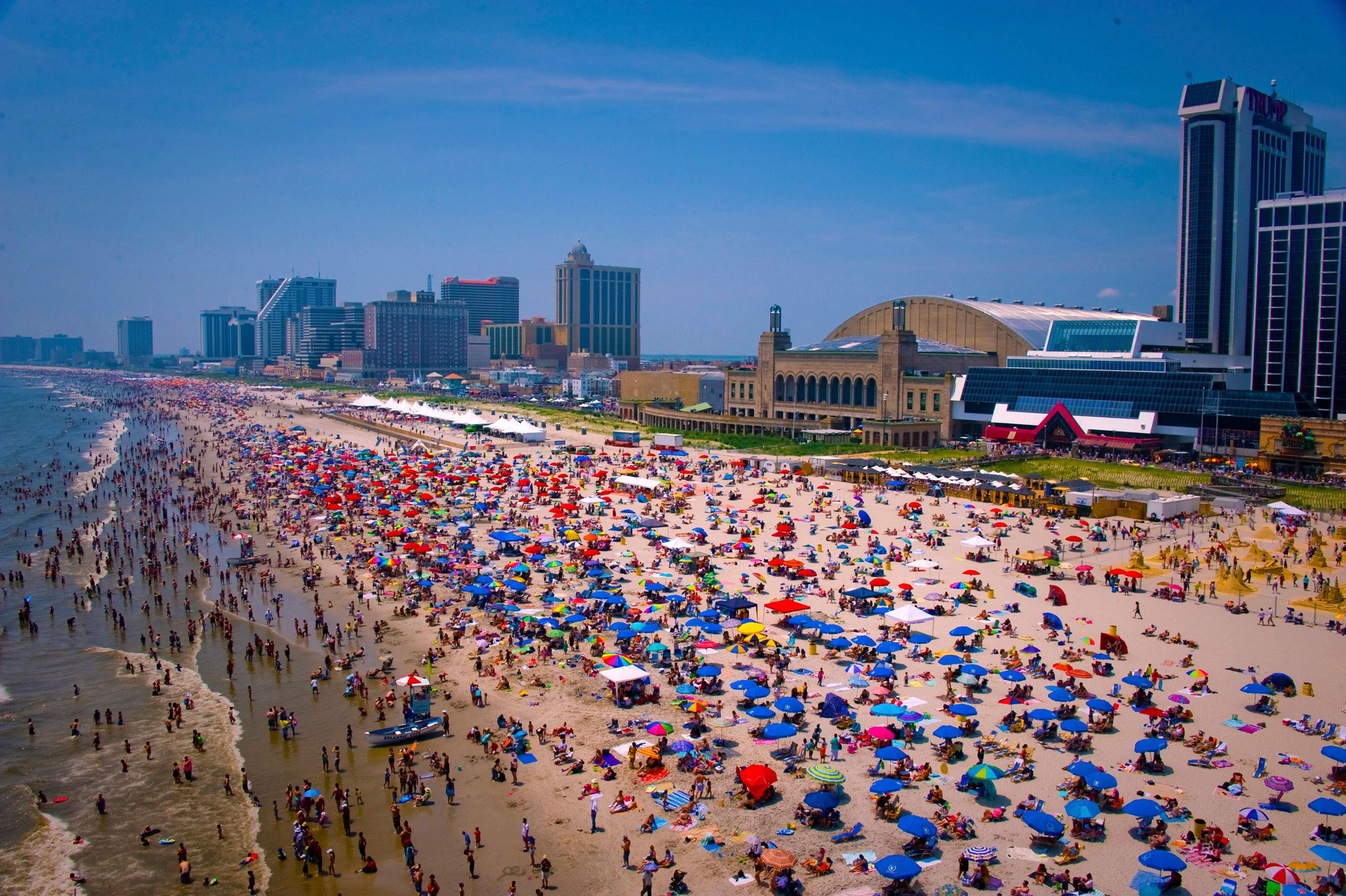 Crowds On Atlantic City S Free Beach