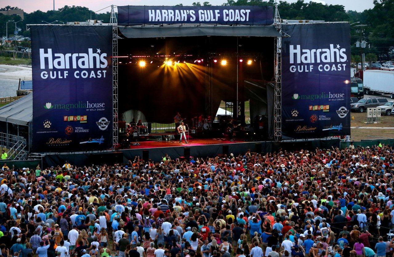 Harrah S Gulf Coast Celebrates Grand Opening With Darius Rucker