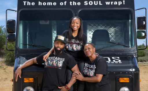 Team Postcards, Competitors on Season 6 of The Great Food Truck Race