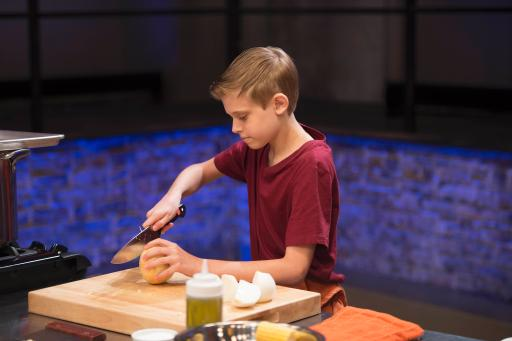 Kidtestant Chandler Competes on Food Network's Rachael Ray's Kids Cook-Off