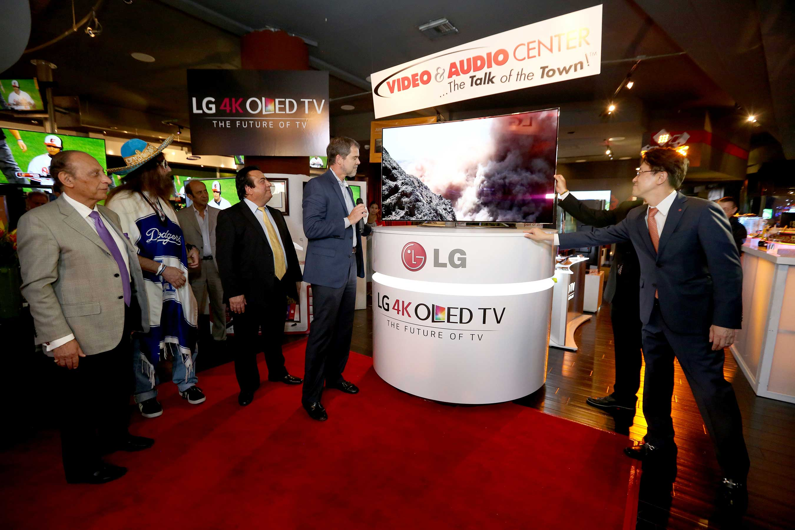 First U.S. Consumers Purchase Ultra HD 4K OLED TVs