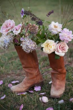 Prairie Style Boots, Photo: Mark Lohman