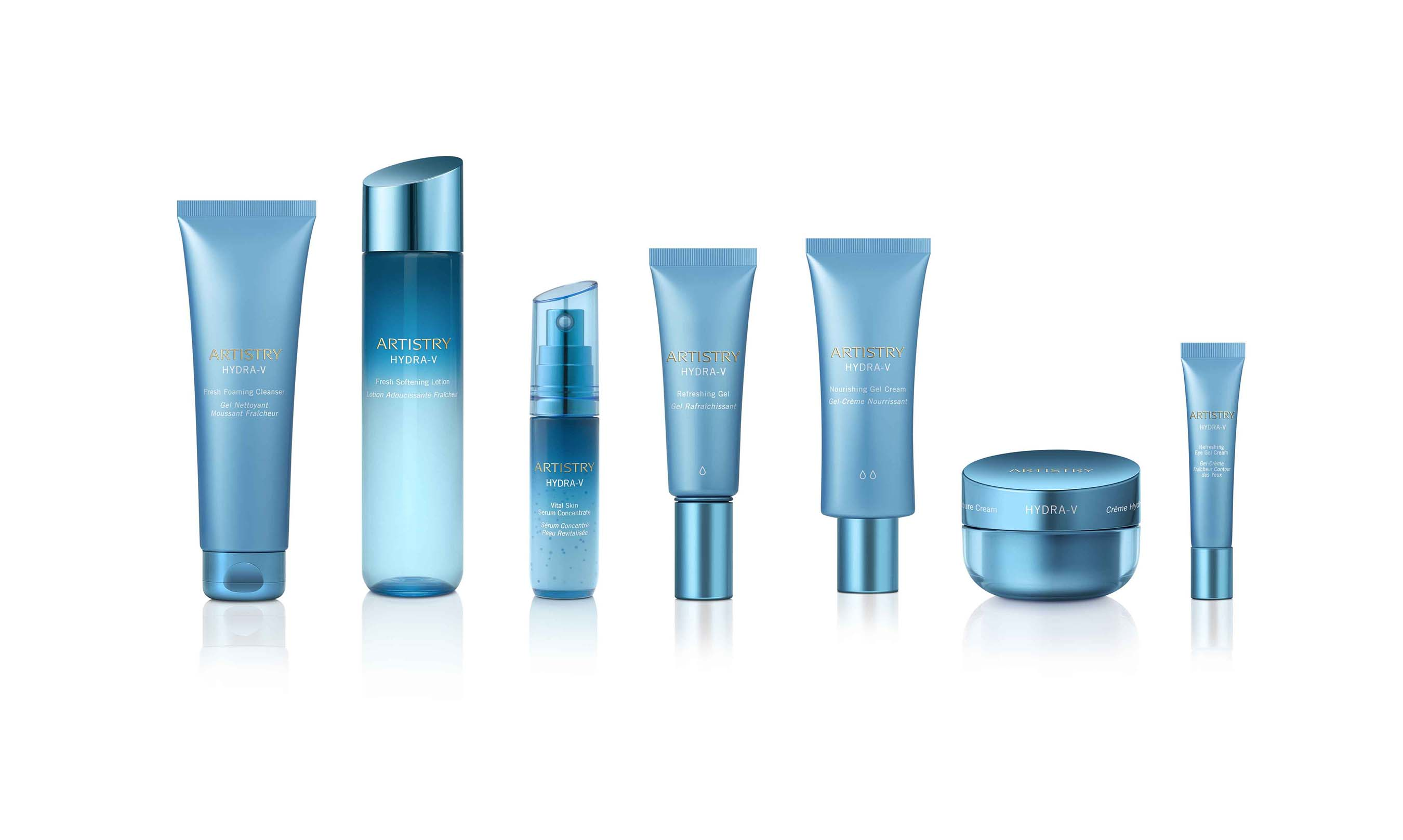 Artistry scientists leveraged pristine ingredients to optimize skin's natural condition and hydration process.