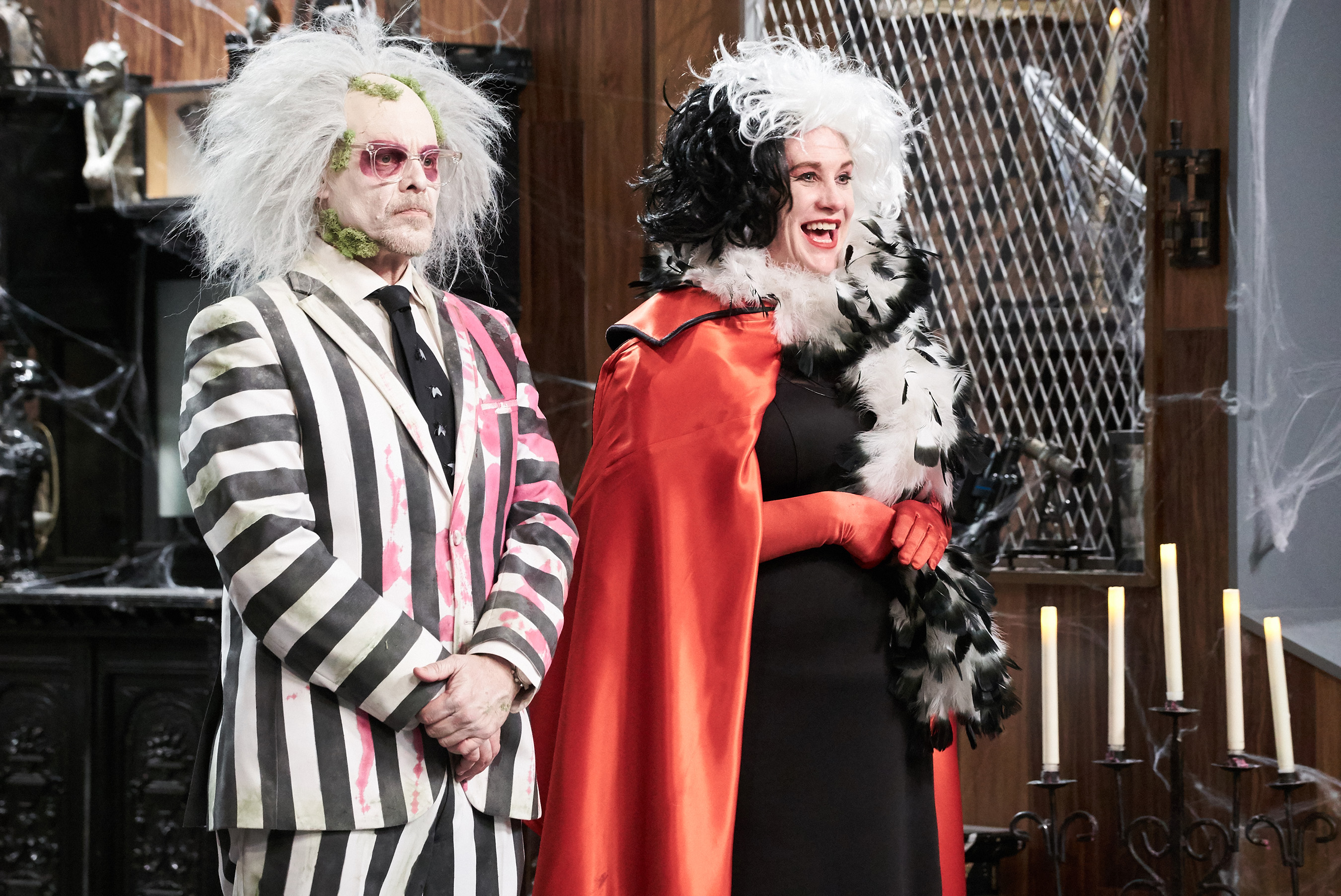 Host Alton Brown and Judge Anne Burrell on Food Network's Cutthroat Kitchen: Tournament of Terror