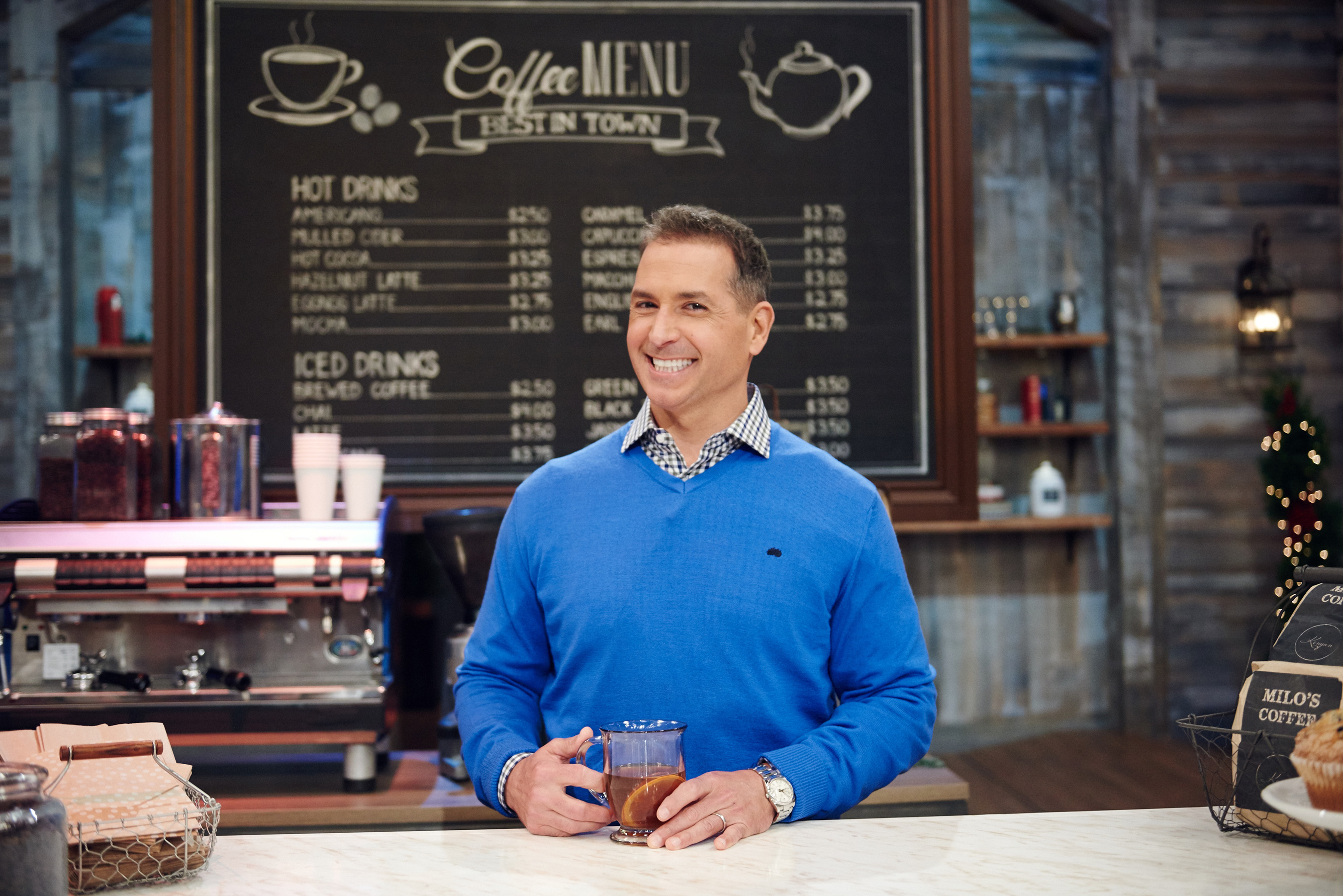 A New Batch Of Talented Bakers Aim To 'Sleigh' The Competition On New Season Of Holiday Baking Championship