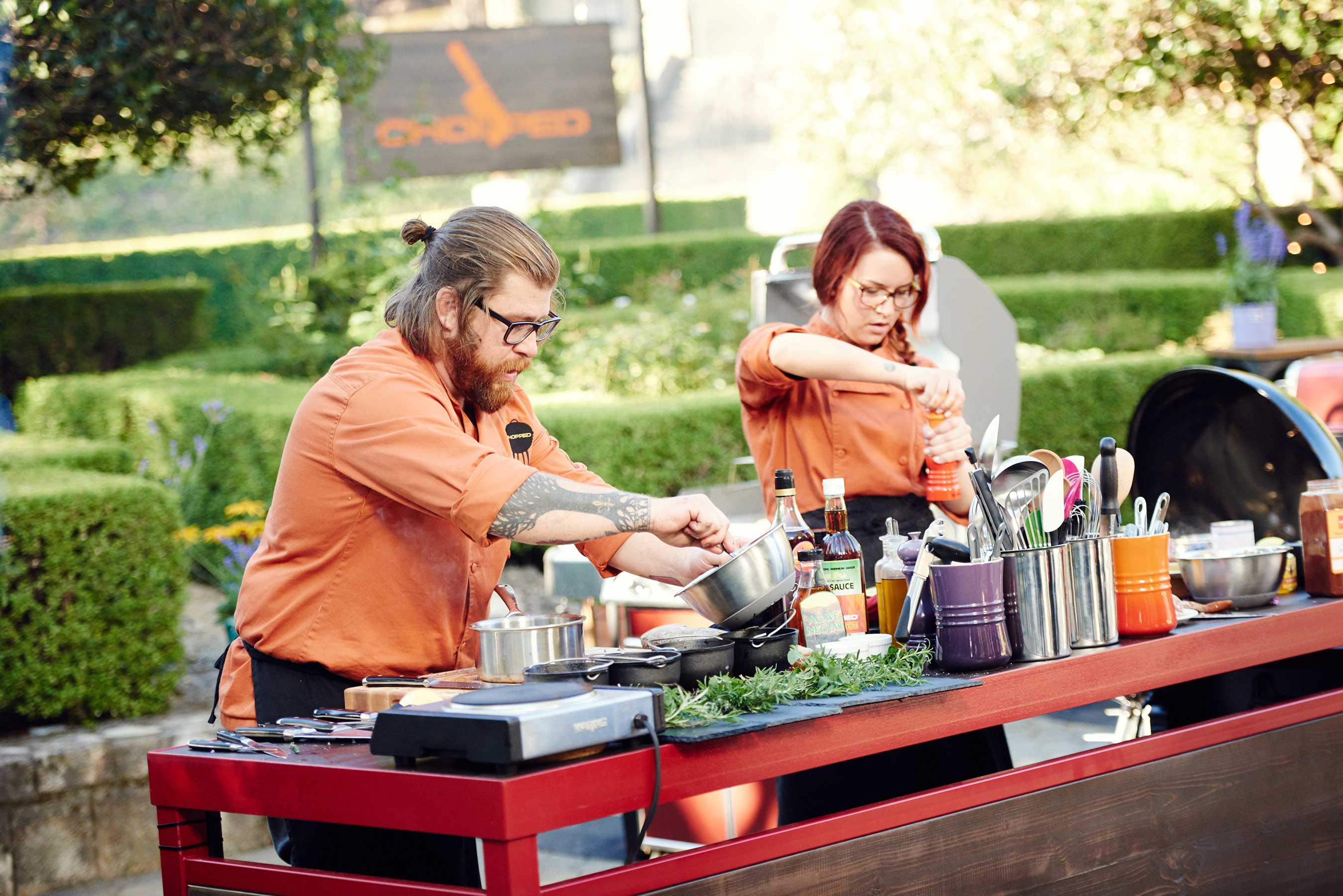 Competitors Jonathan Sawyer and Ashley Pado on Food Network's Chopped Grill Masters Napa.