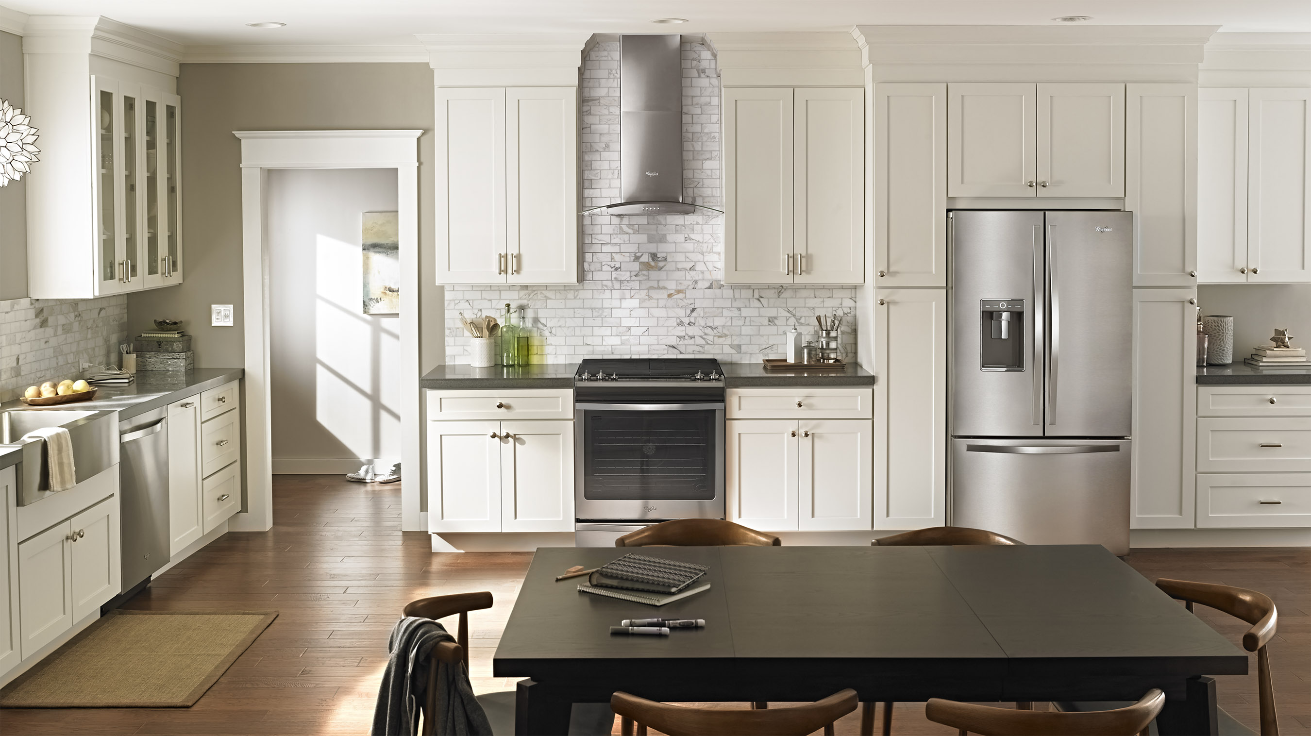 Inspired by the way families care for each other, the three-piece Smart Kitchen Suite with the CareSync™ system adapts to a family's unique needs through home automation.