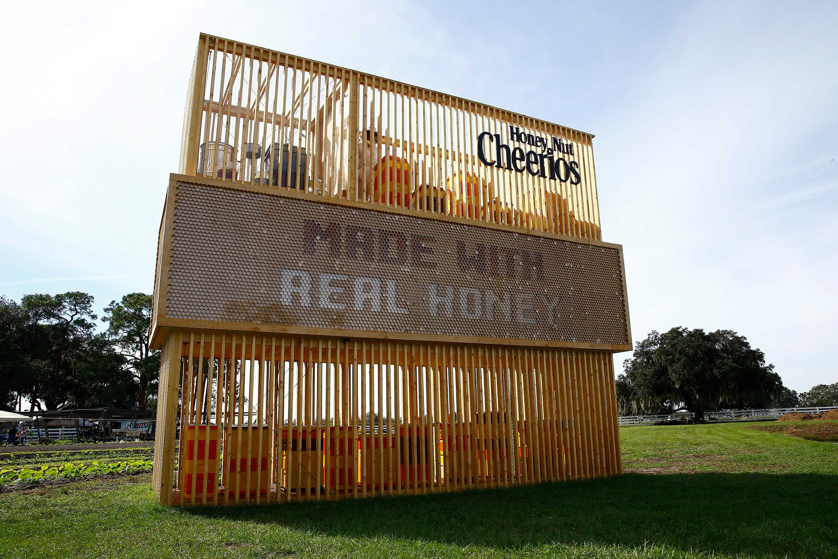 First-of-its-kind Living Billboard Unveiled by Honey Nut Cheerios on November 14, 2015