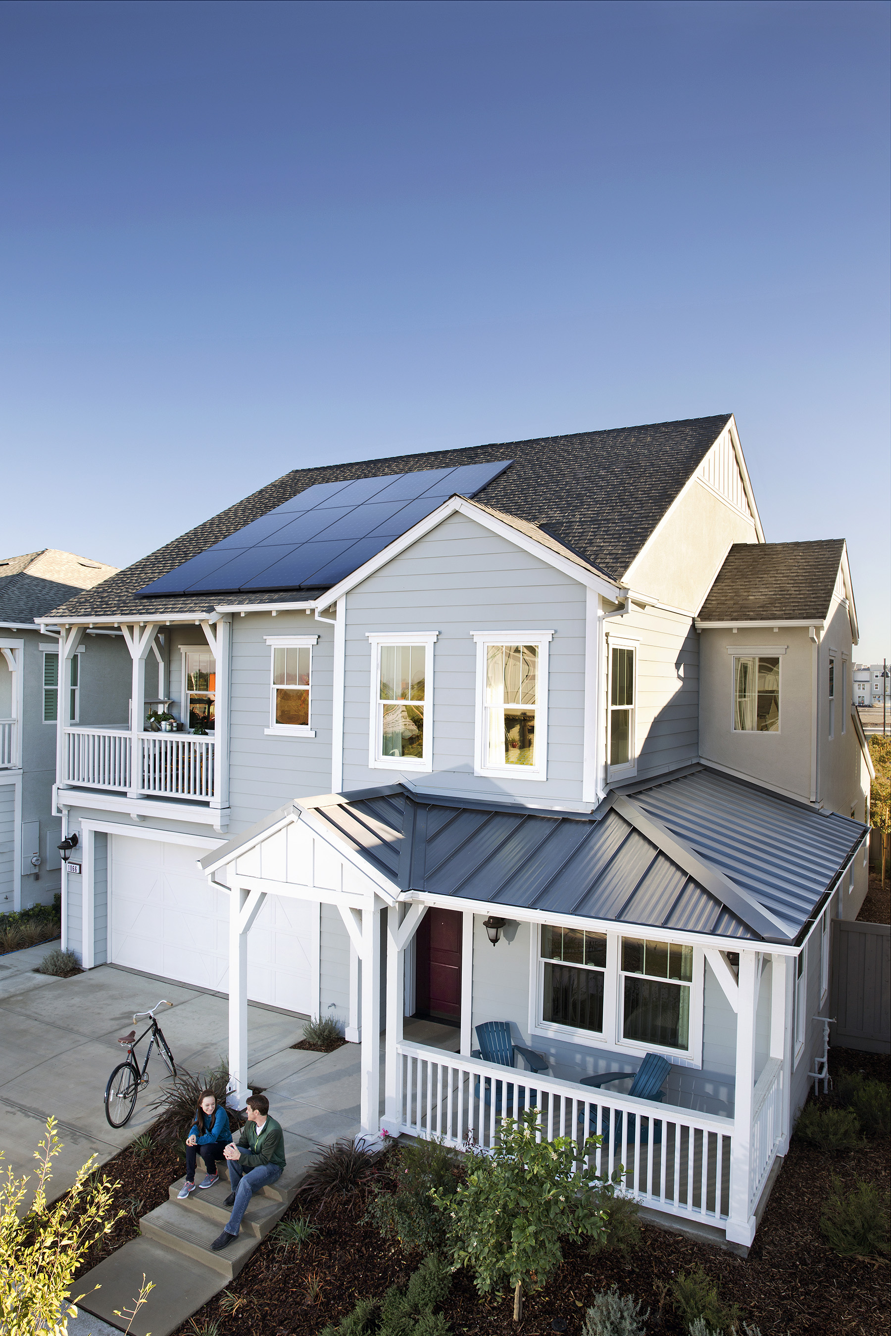 EnergyLink™ ecosystem, a Smart Energy management platform that tracks energy production and consumption in real time, empowers homeowners to set energy goals and take control of their energy future.