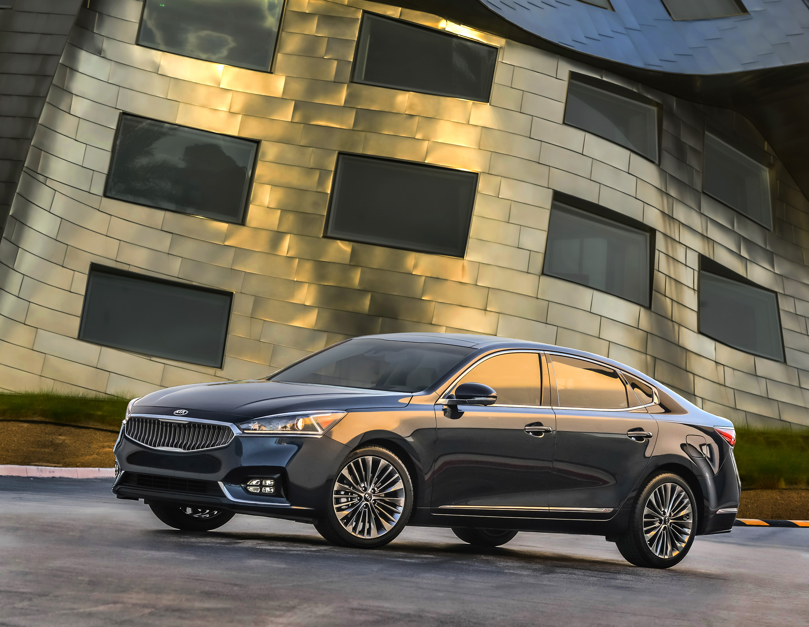 Designed at Kia's California design studio, the all-new 2017 Cadenza boasts luxury refinements with expressive styling, advanced technology, and refined powertrain.