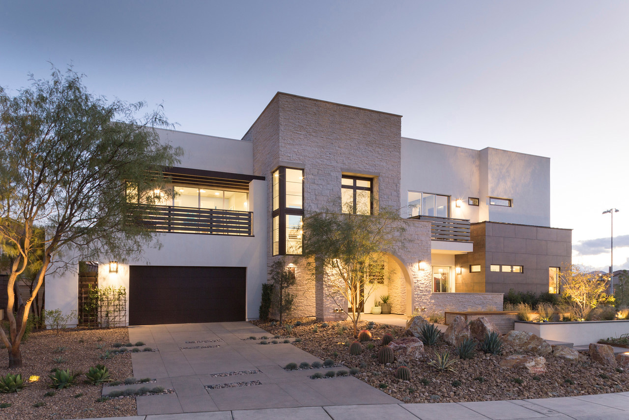 The Responsive Home: Contemporary Transitional