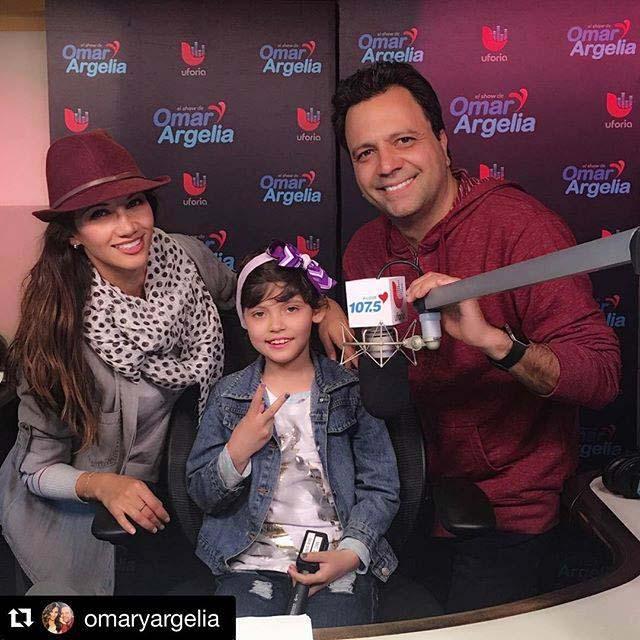 Klove's Omar y Argelia's show with St. Jude Patient Sarah