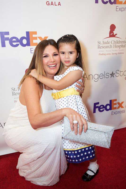 Gala co-founder Daisy Fuentes & St. Jude patient Crista on the red carpet