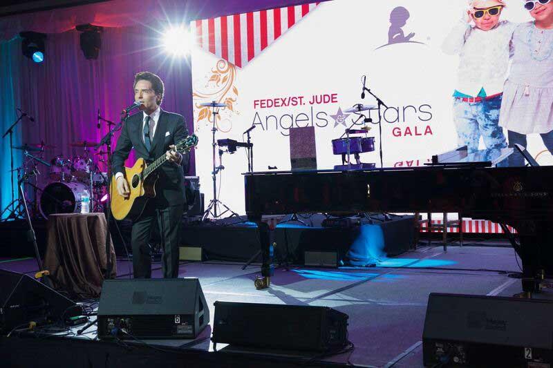 Richard Marx performs at 14th annual FedEx St Jude Angels & Stars Gala