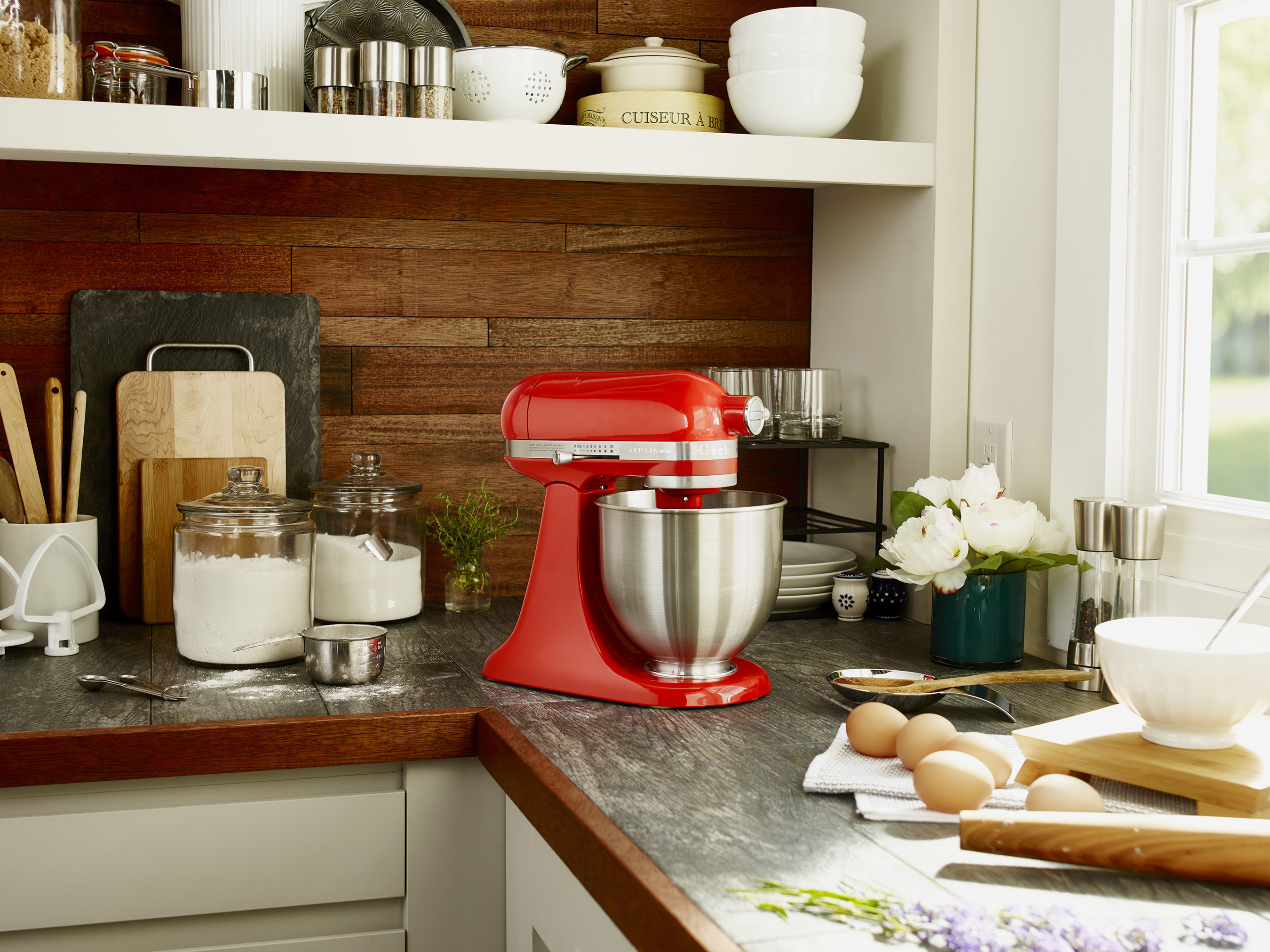 Offering the same power and performance as the brand's Classic™ Stand Mixer, the Artisan® Mini mixer features a 3.5-quart capacity and is 20% smaller and 25% lighter.