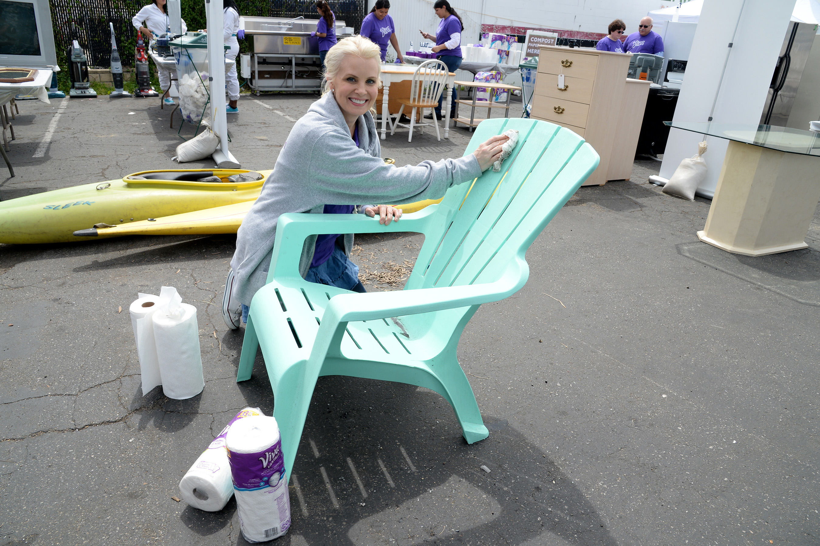 VENTURA, CALIFORNIA - APRIL 06: Actress and home/DIY expert Monica Potter teams up with Viva Towels and the Boys and Girls Club of Greater Ventura to unleash clean on donated furniture, electronics and appliances, then give them to families in need at Avenue Thrift & Vintage on April 6, 2016 in Ventura, California. (Photo by Michael Kovac/Getty Images for Viva (Kimberly-Clark))