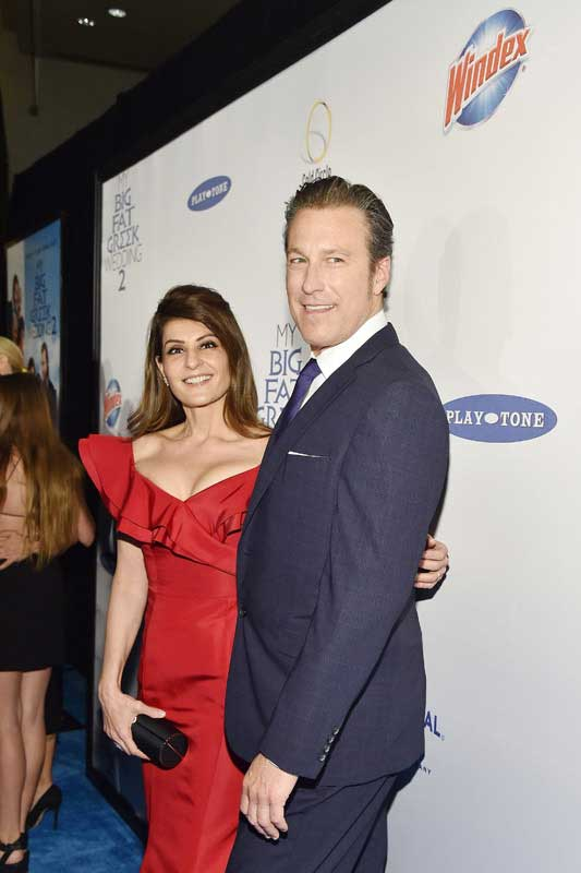 Nia Vardalos (left) and John Corbett (right) at Premiere of My Big Fat Greek Wedding 2