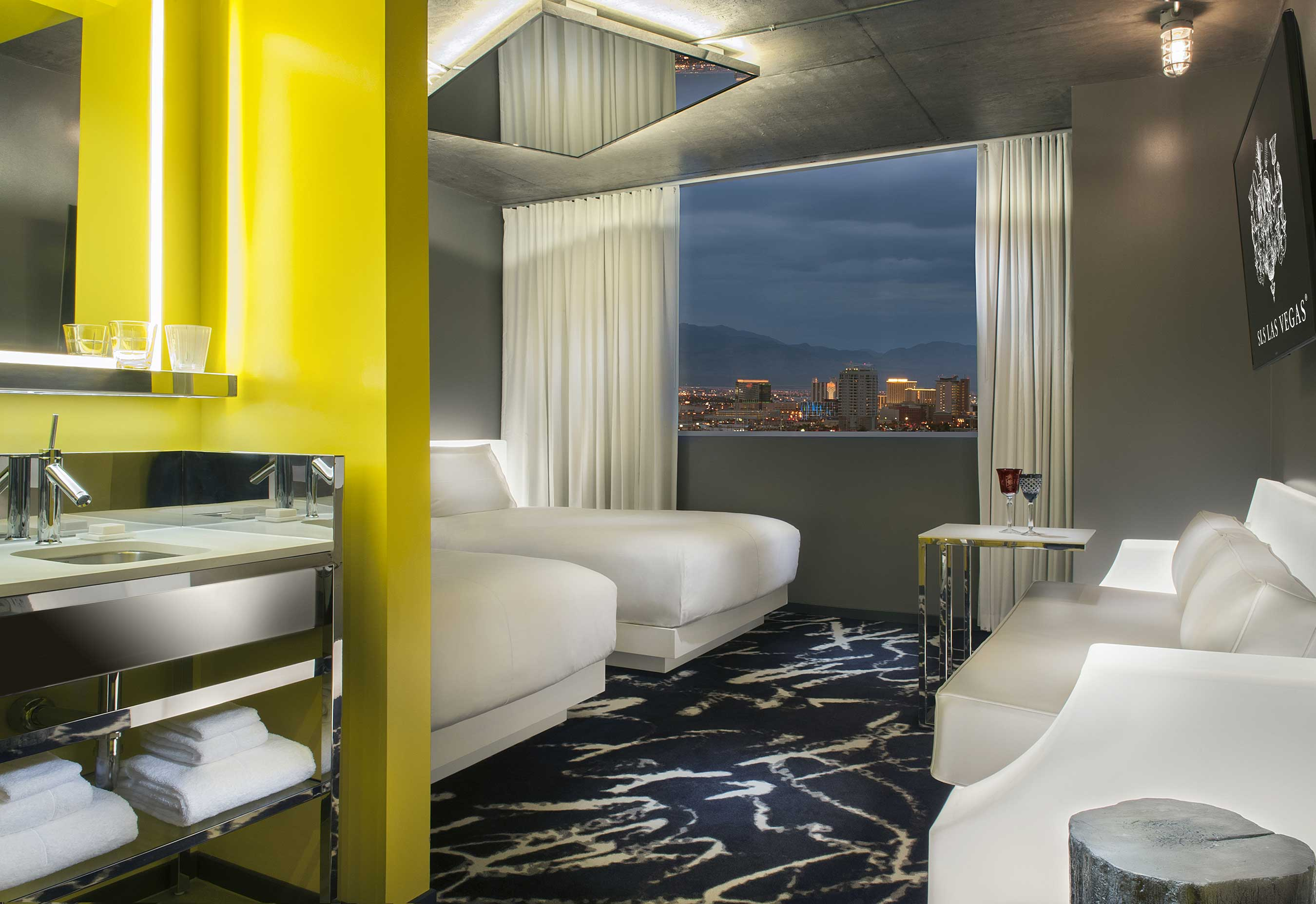 Story Tower Guest Rooms at SLS Las Vegas, Double Beds